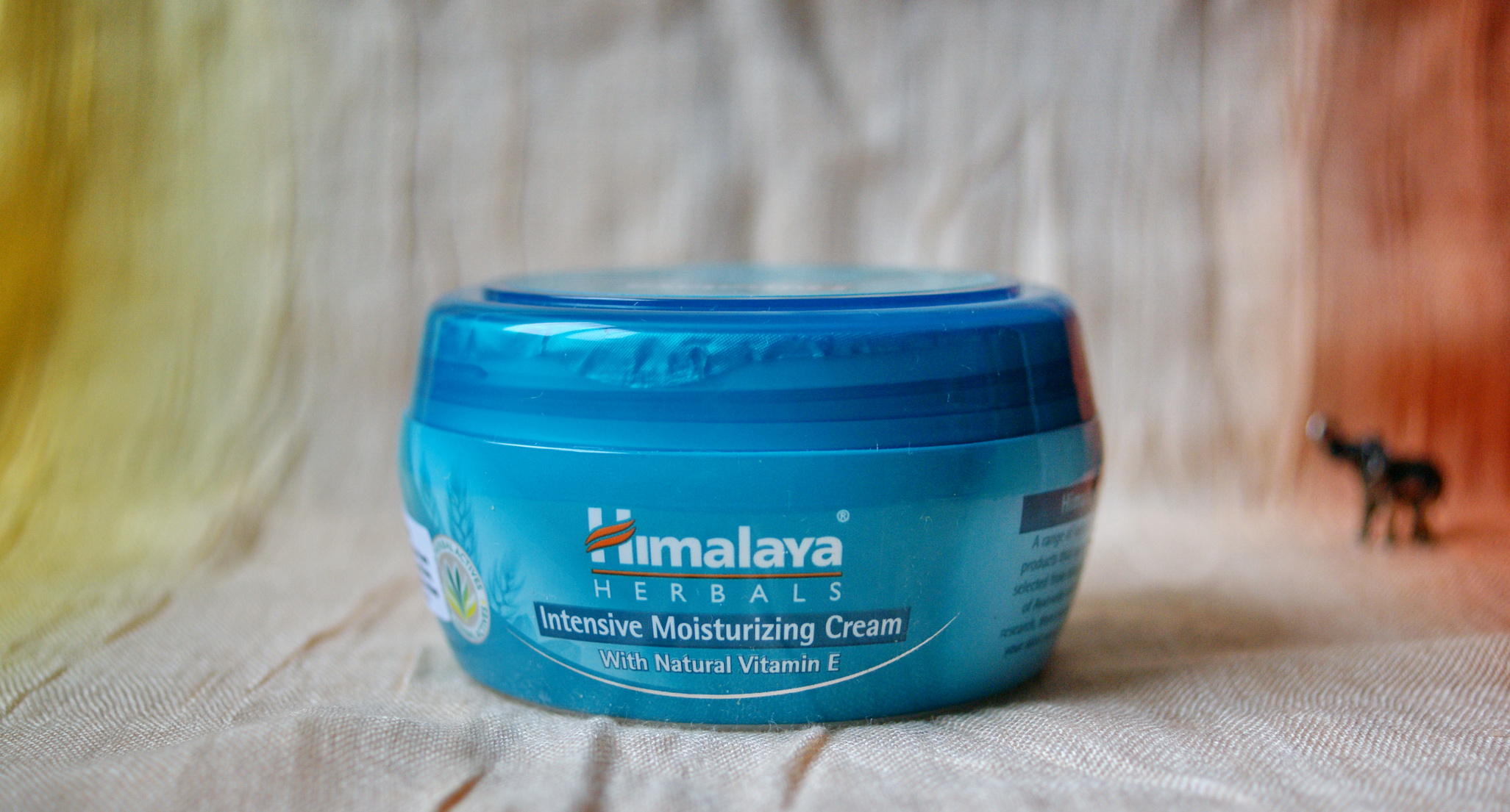 Himalaya Intensive Moisturizing Cream With Natural Vit E 150ml Nourishing Skin 50ml